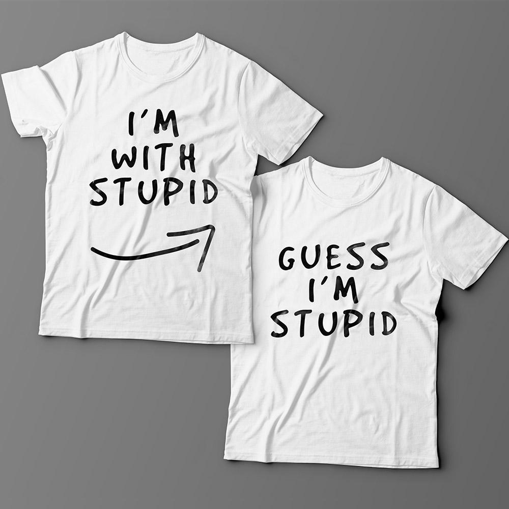 Парные футболки для влюбленных «I'm with stupid» и «Guess i'm stupid».